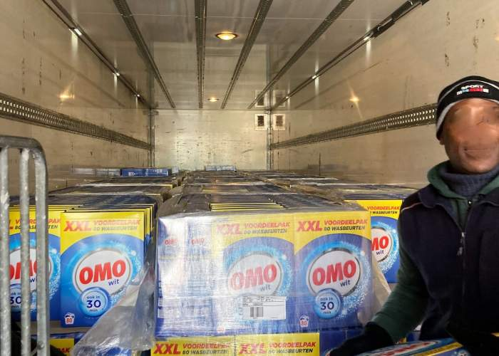 Image with news article: NOW_12.5 tons of washing powder!!!!